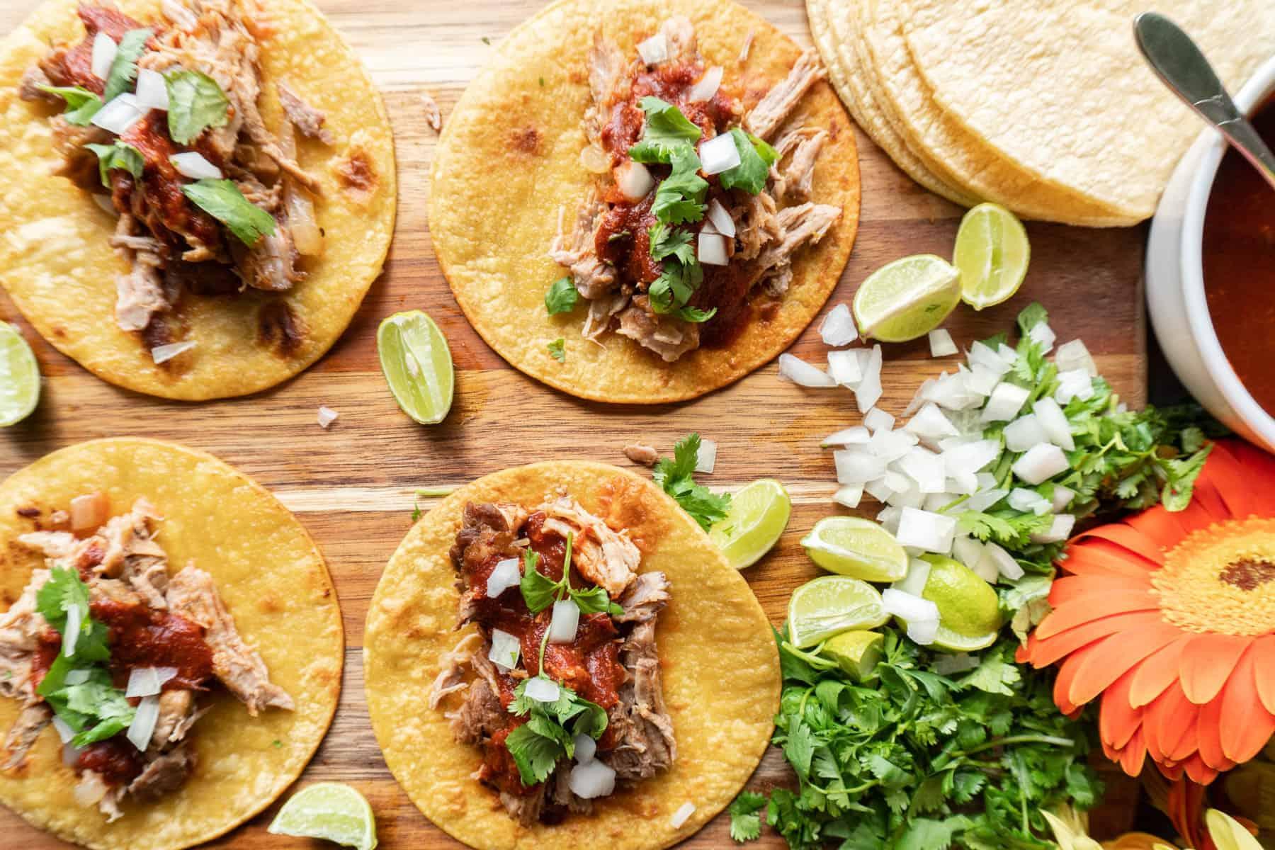 Flatlay of carnitas tacos