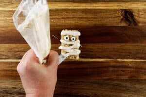 adding mummy wrappings to rice crispy treat