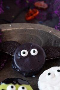 close up of bat oreo