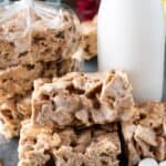 Cinnamon Toast Crunch Bars, a delicious spin on the classic rice crispy! #cinnamontoastcrunch #ricecrispytreat #cerealbar #breakfast #marshmallow #atablefullofjoy