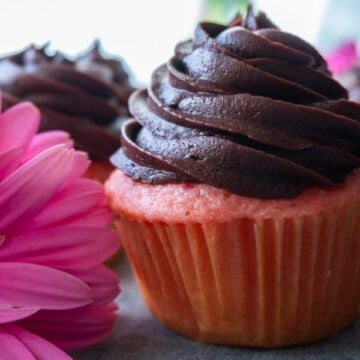 Strawberry Cupcake with Chocolate Frosting