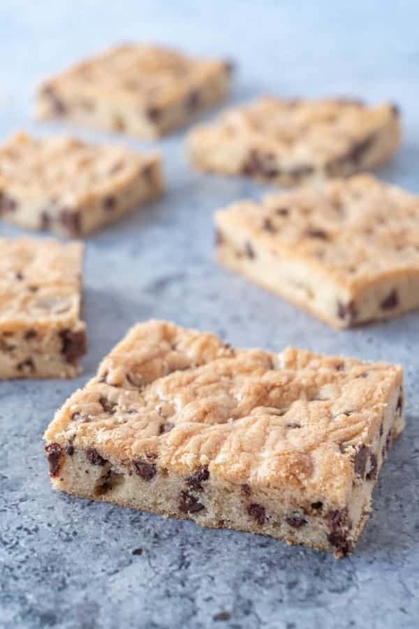 Chocolate Chip Cookie Bars placed decoratively
