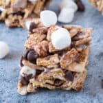 golden graham s'mores bars close up featured image