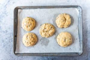 marshmallow stuffed cookies baked on baking tray