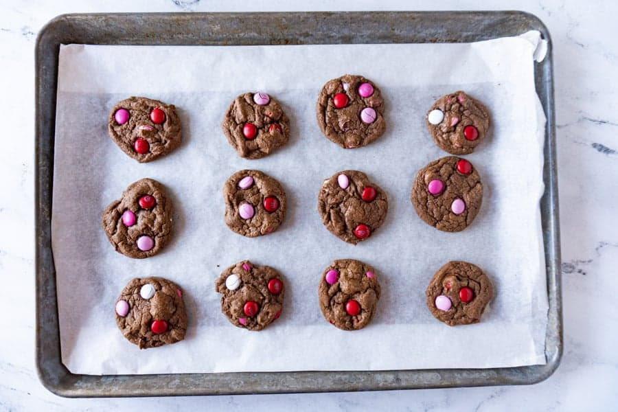 easy chocolate cookies without sprinkles baked