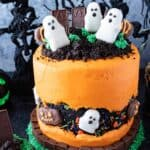 halloween graveyard cake featured image