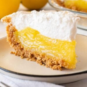 slice of lemon meringue pie featured image